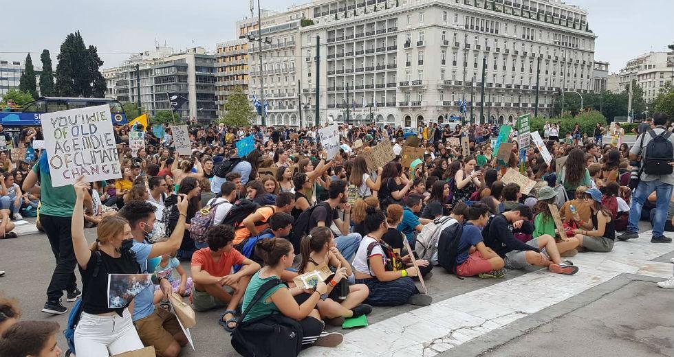 Διαμαρτυρία Ελλήνων μαθητών στο Σύνταγμα-Αθήνα
